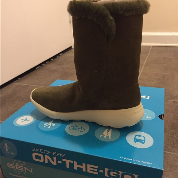 Women's Skechers On The Go City 2 Stunning boots NWT